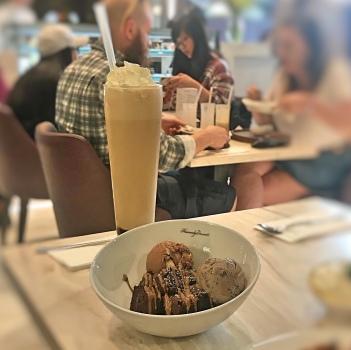 Milkshake and ice cream
