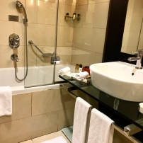 Movenpick bathroom