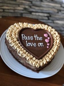 Coffee and walnut cake valentines