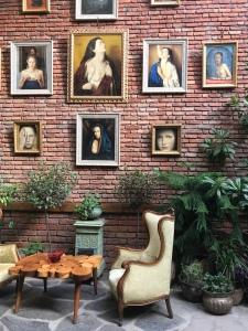Lounge Sacred House Hotel