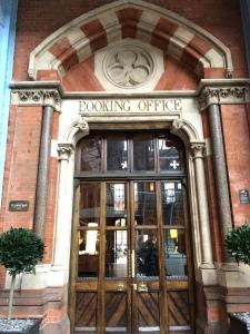 Booking Office St Pancras