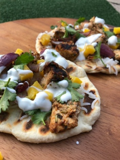 Shashlik Naan with chicken and mango