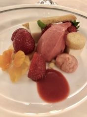 British Strawberry Dessert